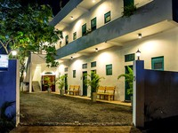 Colombo Beach Hostel Mount Lavinia Hotel Photo