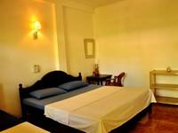 Poppies Hotel Mirissa AC Double Room Photo