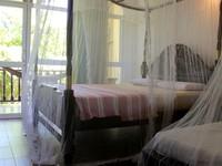 Poppies Hotel Mirissa Deluxe Triple Room Photo